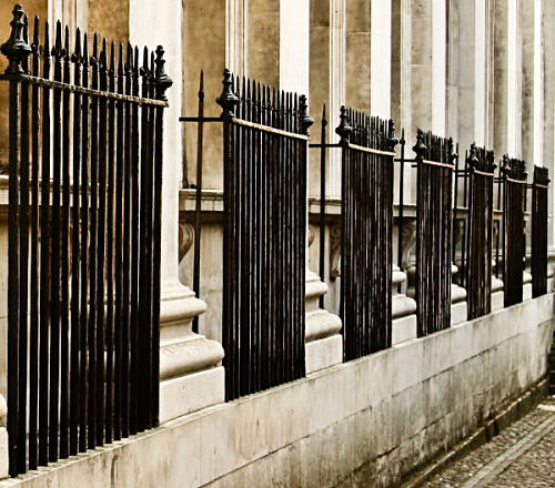Railings on Senate House