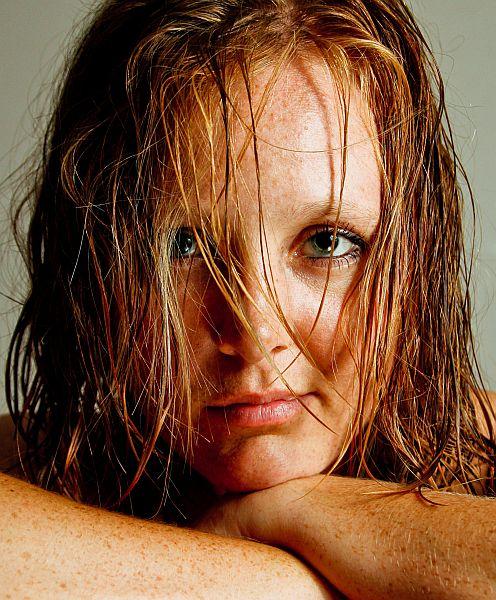 Erica, wet hair look