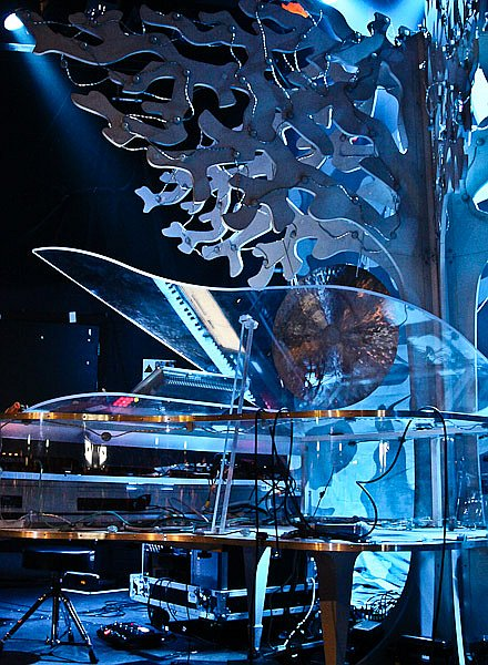 Imogen Heap's stage set