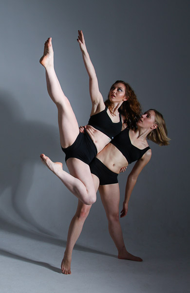 Contemporary Dancers, Hip Flick