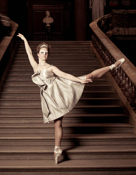 Ballet Fashion - White Swan