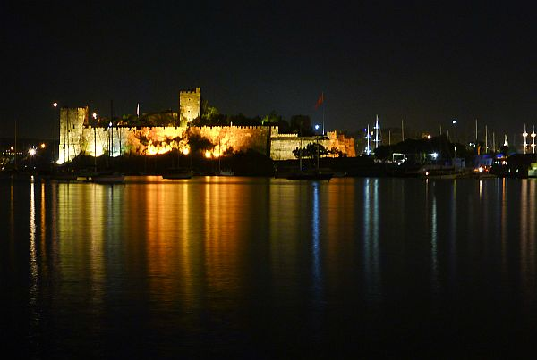 St. Peter's Castle in Bodrum at night