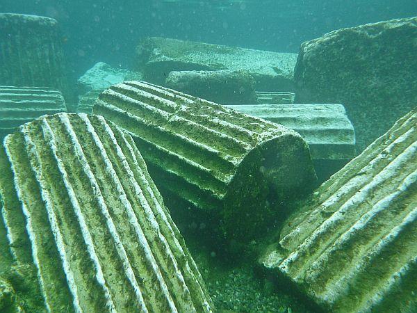 Sunken ruins from Hierapolis