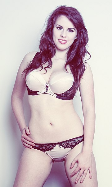 Jo Po Lingerie Model